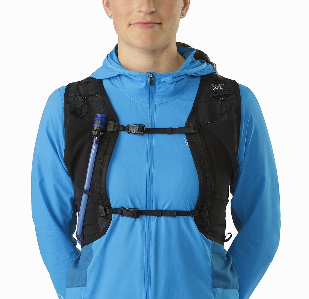 Norvan 7 by Arc'teryx Water Vest, Front Pockets