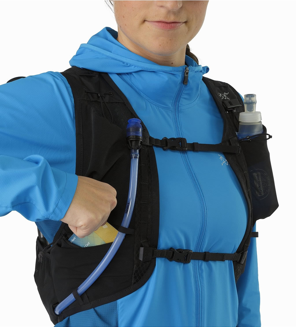 Water Vest Norvan 7 by Arc'teryx